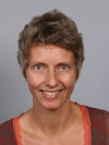 Passport photo of Femke Daalhuizen