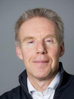Pasfoto van Ries van der Wouden