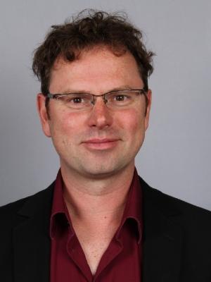 Pasfoto van Anton van Hoorn