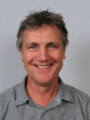 Pasfoto van Guus de Hollander