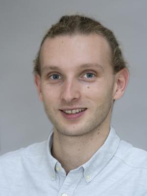 Passport photo of Andrew Keys
